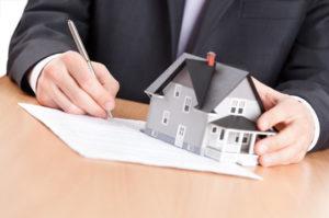 Может ли госслужащий сдавать в аренду принадлежащее ему недвижимое имущество?