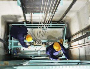 Лифтерам запретили работать без оценки квалификации